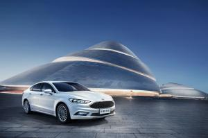 Ford Mondeo 2016 года