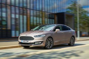 Ford Vignale Mondeo Hatchback 2016 года