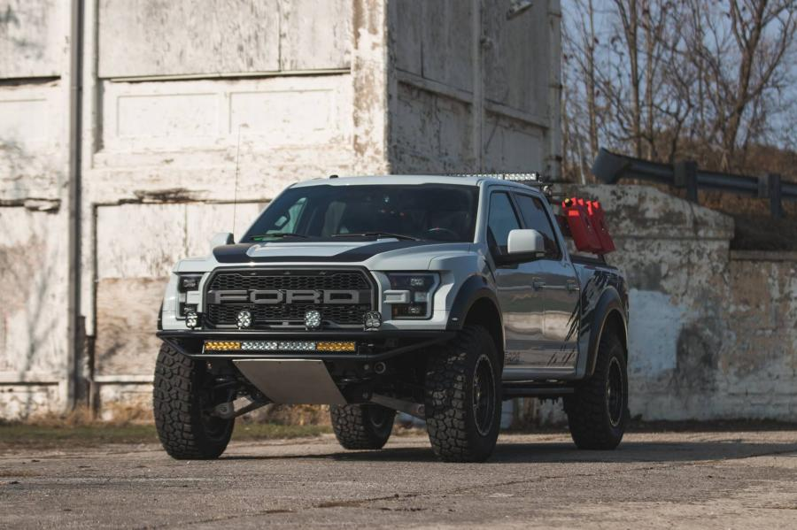 Ford F-150 SVT Raptor RPG by Roush