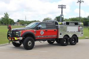 2017 Ford F-550 Platinum Edition 6x6 Firewalker by Skeeter