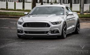 Ford Mustang GT Silver on Vossen Wheels (CV3R) '2017