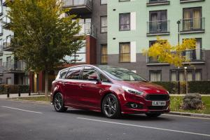 Ford S-Max ST-Line 2017 года (UK)