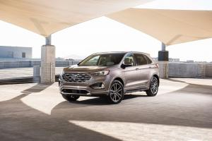 2018 Ford Edge Titanium Elite Package