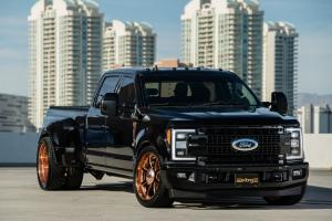 2018 Ford F-350 Super Duty Lariat 4x2 Crew Cab by Extang Truck Bed Covers