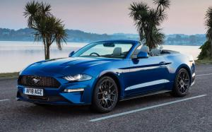 Ford Mustang EcoBoost Convertible 2018 года (UK)