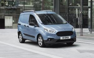 Ford Transit Courier 2018 года (WW)