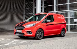 2018 Ford Transit Courier Sport