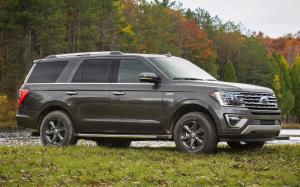 Ford Expedition Limited FX4