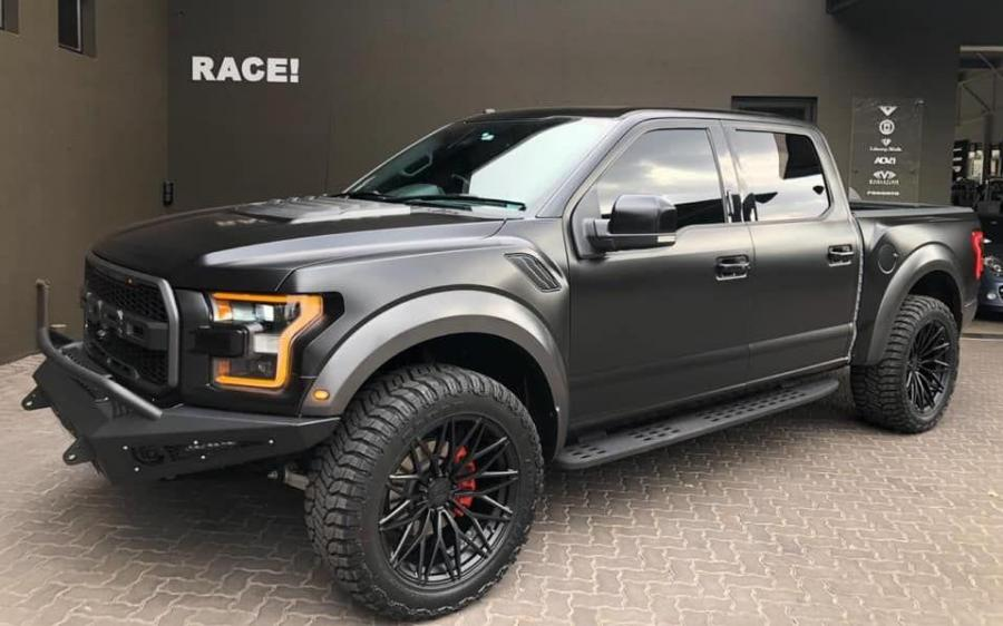 2019 Ford F-150 Raptor by RACE!