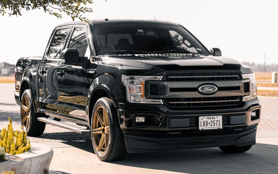 2019 Ford F-150 XLT SuperCrew by EVS Motors on Vossen Wheels (HF6-2)