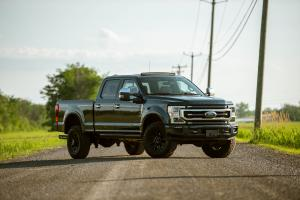2019 Ford F-250 Super Duty Platinum Tremor Off-Road Package Crew Cab
