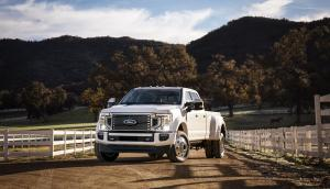 Ford F-450 Super Duty Limited Crew Cab 2019 года
