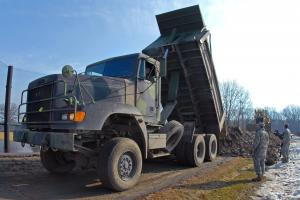 2000 Freightliner M917A2