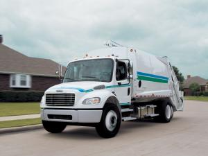 2002 Freightliner Business Class M2 106 Refuse Truck