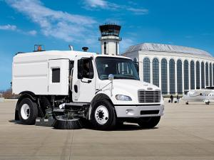 2002 Freightliner Business Class M2 106 Sweeper
