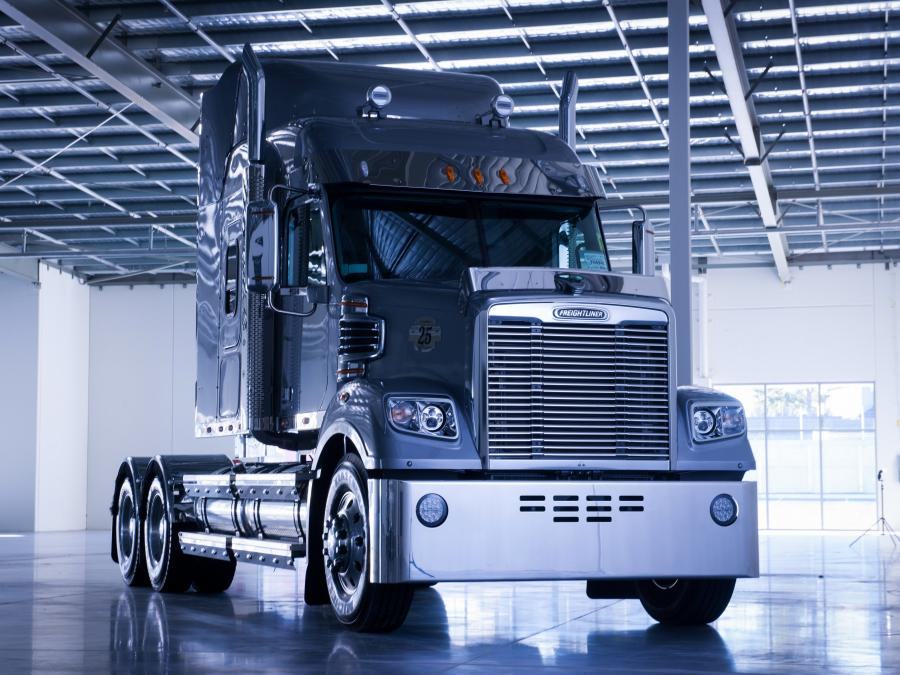 Freightliner Coronado 25th Anniversary Limited Edition '2014