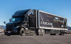 2019 Freightliner Cascadia Raised Roof