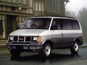 GMC Safari XT AWD 1990 года