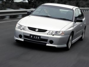 Holden Commodore S 2002 года