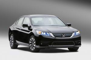 Honda Accord Hybrid 2014 года
