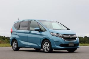 Honda Freed+ Hybrid '2016