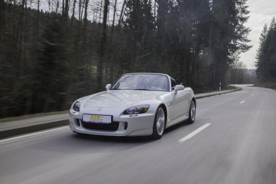 Honda S2000 by KW