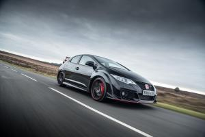 Honda Civic Type R Black Edition 2017 года (UK)