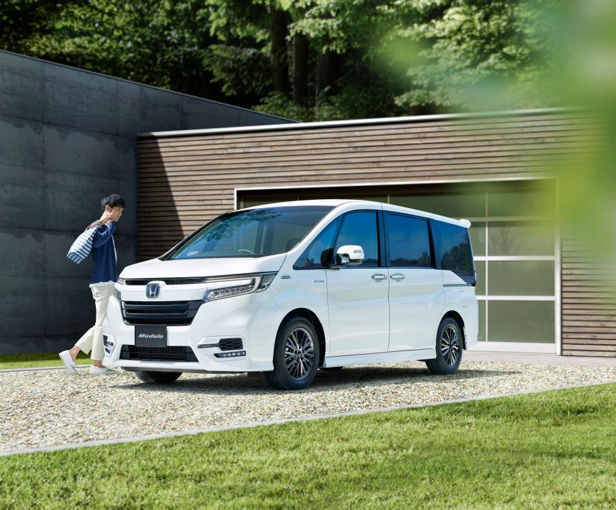 Honda StepWGN by Modulo