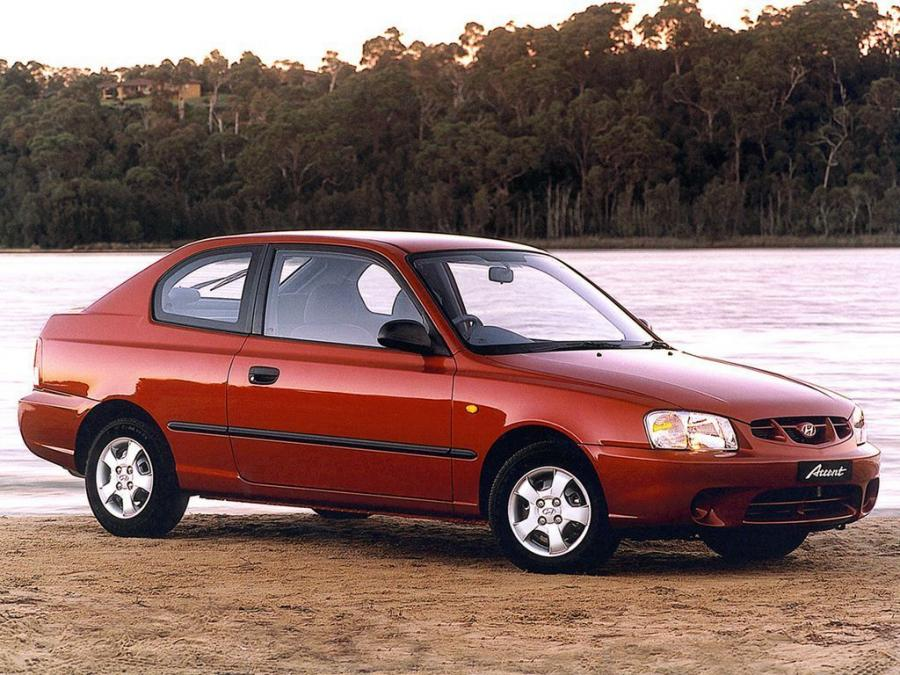 Hyundai Accent 3-Door (AU) '2000