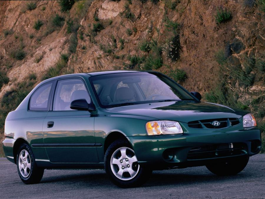 Hyundai Accent 3-Door (US) '2000