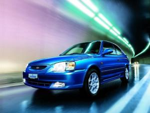 Hyundai Accent 3-Door 2000 года