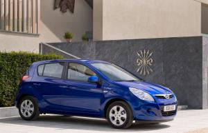Hyundai i20 BlueDrive 2012 года