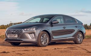 Hyundai IONIQ Plug-in Hybrid (AE) (UK) '2019