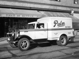 1934 International C-30 Refrigerator Truck