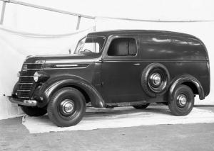 1941 International-Harvester D-2 Panel Van