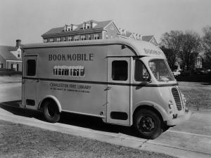 International Metro Bookmobile by Rock Hill Body Company 1952 года
