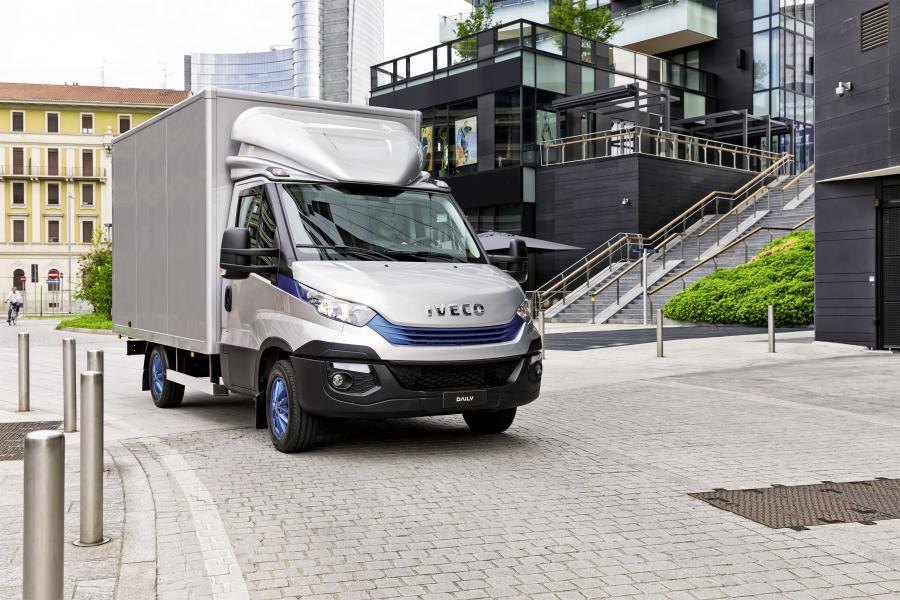 Iveco Daily 35 Blue Power Chassis Cab '2017