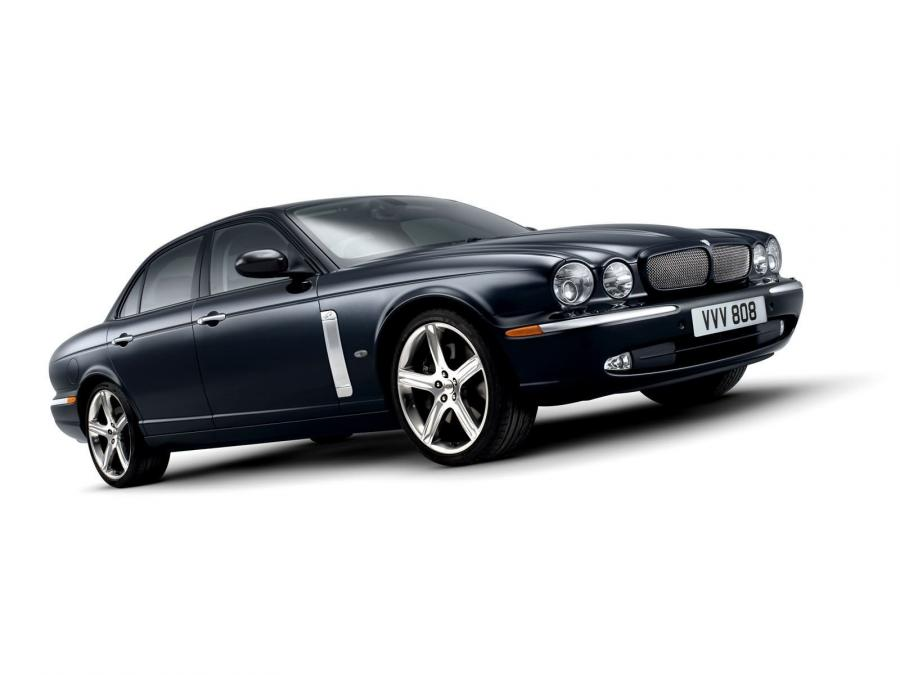 Jaguar XJR Portfolio (UK) '2006