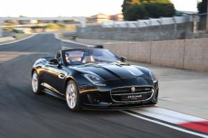 Jaguar F-Type R-Dynamic 2.0 Convertible 2017 года (ZA)