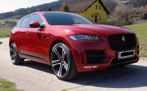 Jaguar F-Pace on Premier Edition Wheels (CS5)