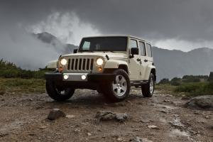 Jeep Wrangler Sahara Unlimited 2011 года