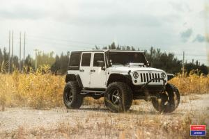 2016 Jeep Wrangler Unlimited on Vossen Wheels (VWS-3)