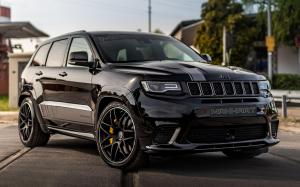 Jeep Grand Cherokee Trackhawk GC800 by Manhart Racing