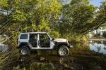 Jeep Wrangler Unlimited Three O Five 2019 года