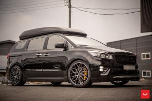 2019 Kia Carnival on Vossen Wheels (HF-2)