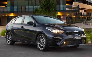 Kia Cerato Hatch 2.0 Sport Plus 2019 года