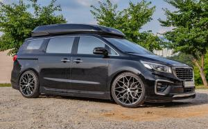 Kia Grand Sedona on Vossen Wheels (HF-2) '2019