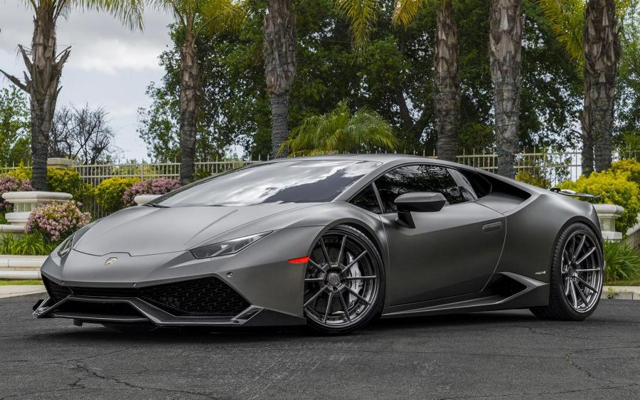 Lamborghini Huracan LP610-4  on Forgiato Wheels (TEC 2.2) '2018