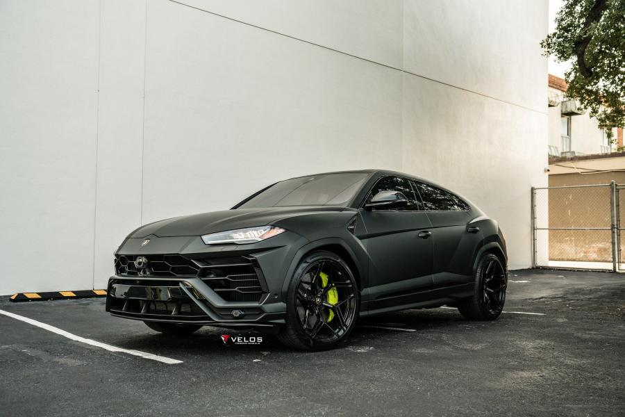 Lamborghini Urus Matte Black on Velos Wheels (VXS02) 2019
