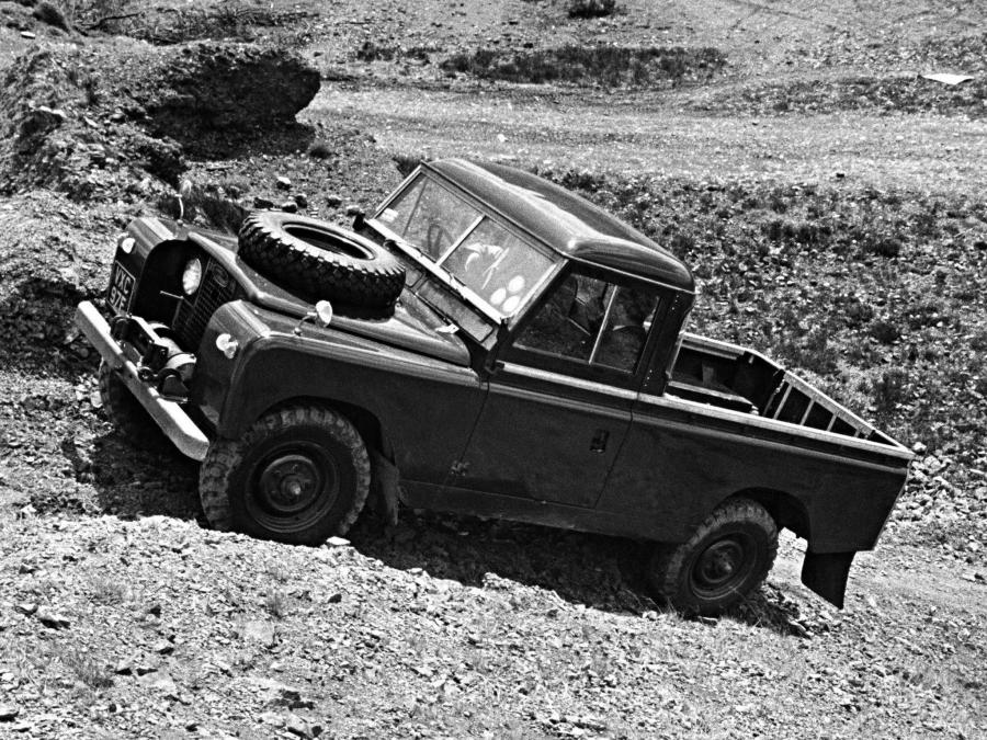 Land Rover Series II 109 Pickup